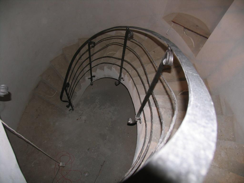 Balustrada kuta mocowanie boczne na slupkach_IMG1686