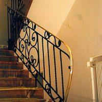 Balustrada_kuta__pochwyt_mosiezny_SKMBTC25007011717142