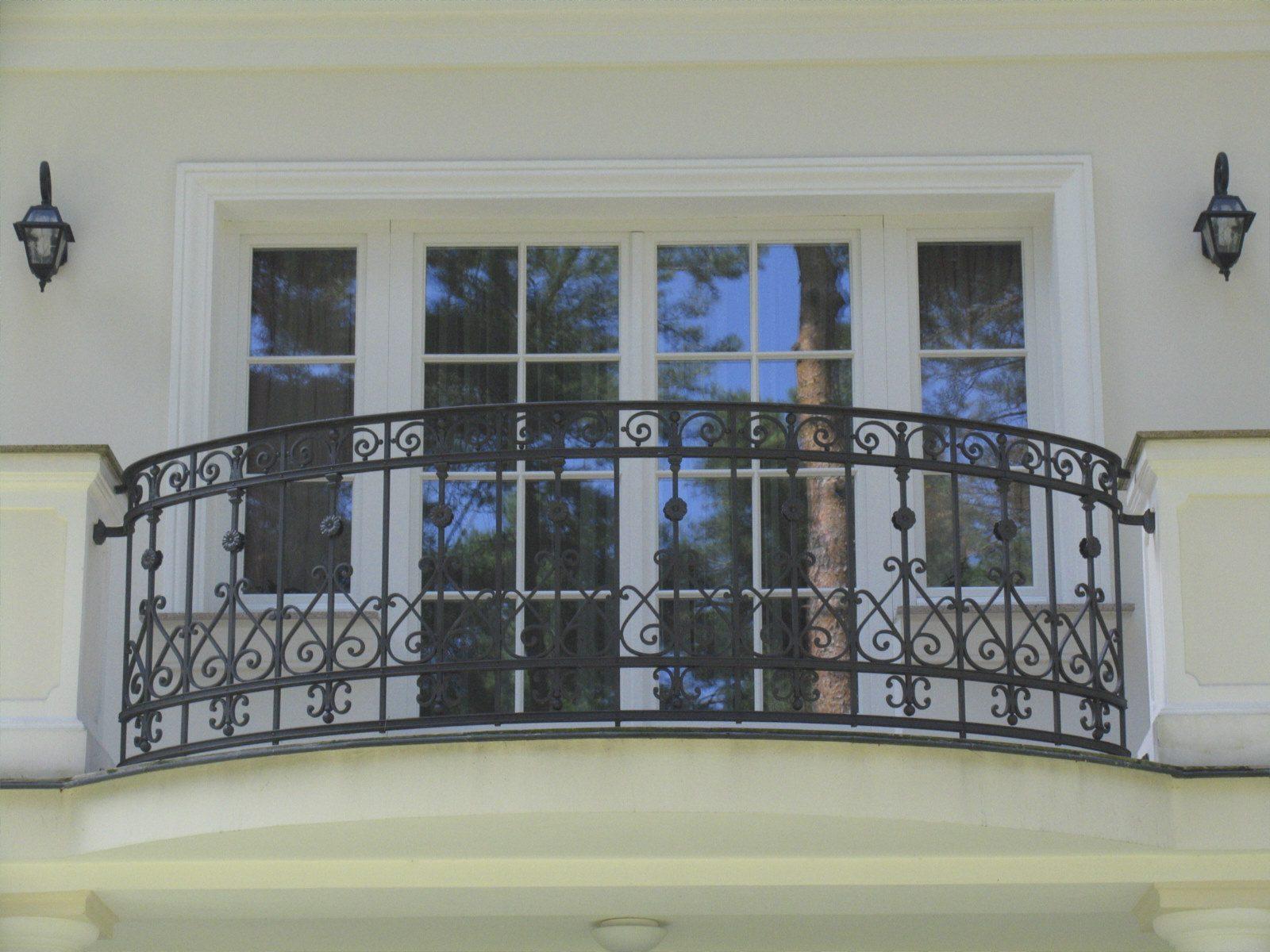 Balustrada_tarasowa_w_stylowej_willi_w_Izabelinie_IMG1288