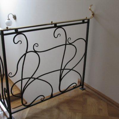 Balustrada_z_pochwytem_mosieznym_Obraz_028
