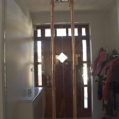Pochwyty_do_drzwi_szklanych__wykonane_z_miedzi_CRW3521
